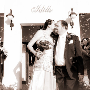errol and melissa - SEPIA (63)